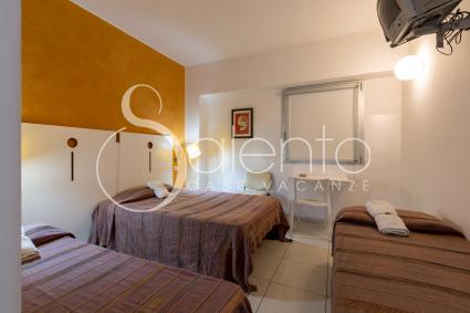 The four-bed rooms in the hotel in Salento